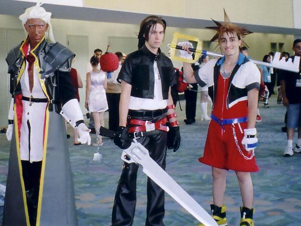Sephiroth Kingdom Hearts Cosplay Squareenix cosplay: page 1